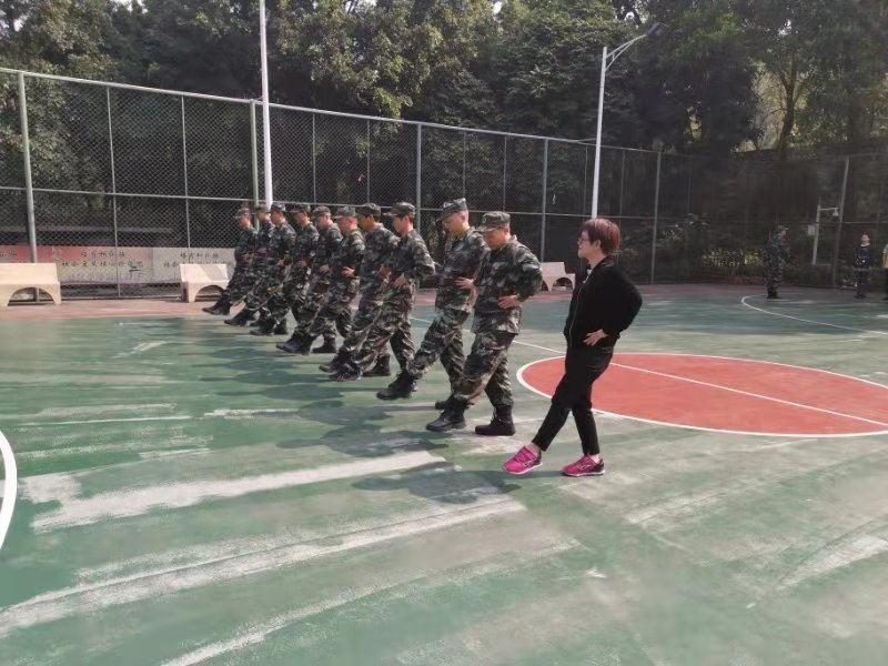 军事培训_2019030413_看图王.jpg